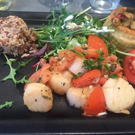 Café des Chineurs : Ottimo pesce e bella presentazione