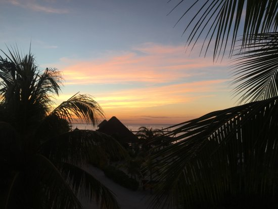 Holbox Hotel Casa las Tortugas - Petit Beach Hotel & Spa: View from upstairs dining and bar area