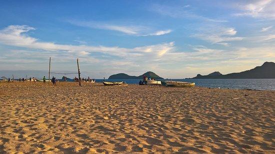 Мохели, Коморские острова: spiaggia del villaggio