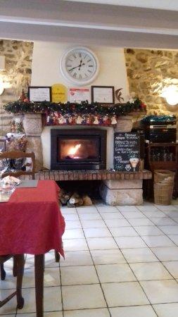 Quettehou, Frankrike: le coin cheminée