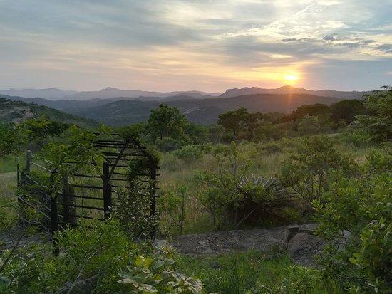 Tomjachu Bush Retreat: Sunrise from Keepers Cottage