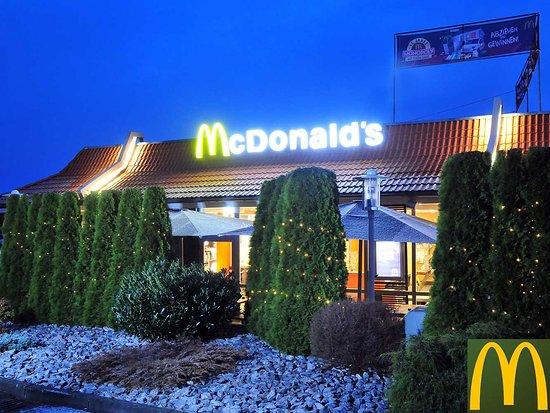 Das McDonald's-Restaurant in Diemelstadt ist rund um die Uhr für die Gäste da.