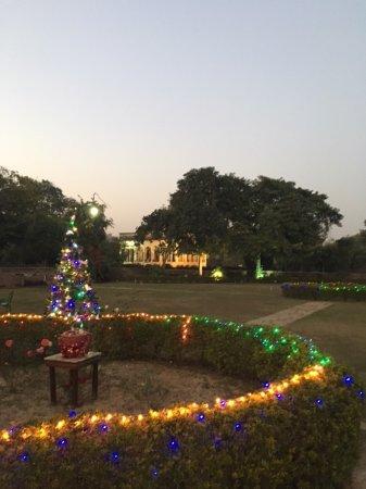 Jardin de Noël - Picture of Neemrana\'s Deo Bagh, Gwalior - TripAdvisor