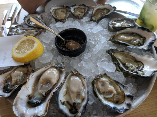 The Boathouse on Blackwattle Bay: Half a dozen oysters each, selected by the waitstaff