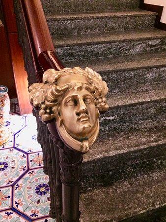 La Medusa Hotel & BoutiqueSpa: La Medusa: detail on staircase