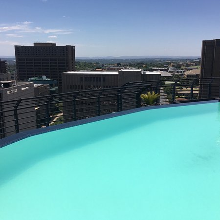 Braamfontein, South Africa: Gym, pool and upper deck views