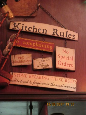 Mediterranean Cafe : Every restaurant has its own rules!