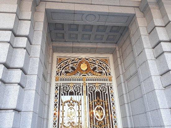 Akasaka Palace (State Guesthouse) : 20180106_133529_large.jpg