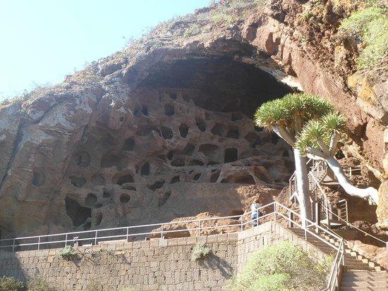 Valeron Monastery : Höhlen Ansicht