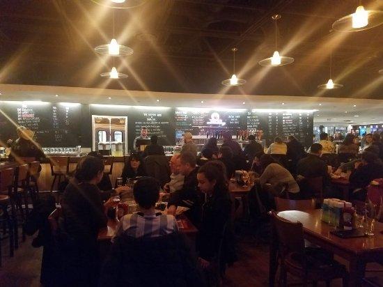 Harpoon Brewery: 20180106_164000_large.jpg