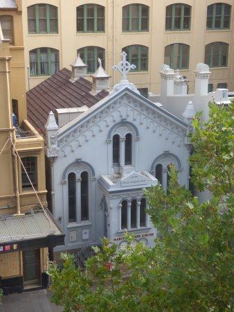 Vibe Hotel Sydney Photo