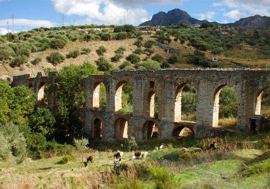 "Termini Imerese, Itálie: Acquedotto Romano ""Cornelio"""