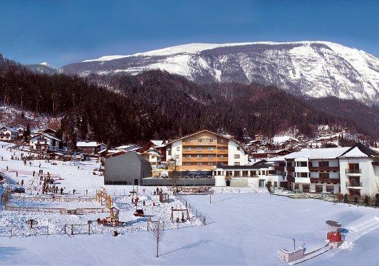 Stans, Østrig: Hotel Schwarzbrunn - Skipiste direkt anbei