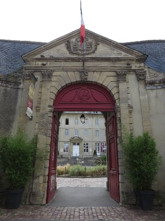 Museo del Tapiz de Bayeux: Entrance to the Tapestry Museum
