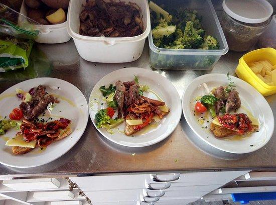 Cucina di mare - Picture of Restaurant Motobarca Pingone, Imperia ...