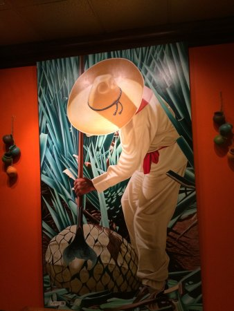 Don Pepper's Mexican Grill and Cantina: Lovely decor adorns the walls