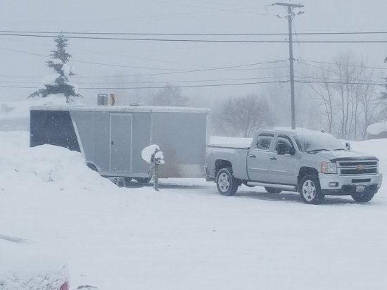 Mayville, NY: Plenty of parking for truck and snowmobile trailer. Electric outlet to plug into. Very handy!!!