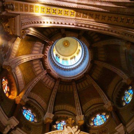 sanctuaire d ars basilique le saint curé ars sur formans 01 france