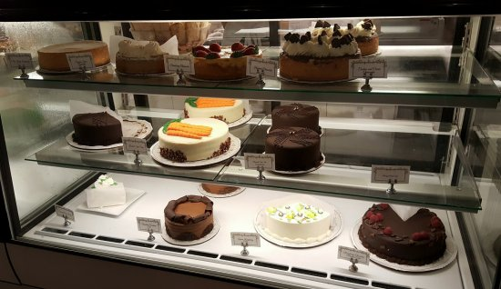 Lilac Patisserie: More choices!