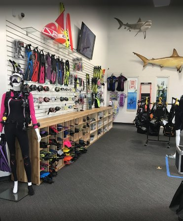 Richmond Hill, Canada: Huge selection of Scuba gear
