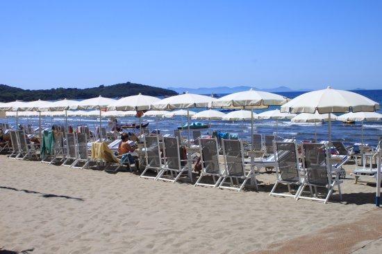 Spiaggia di Casetta Civinini: einer der vielen bezahlbarer Strandabschnitte