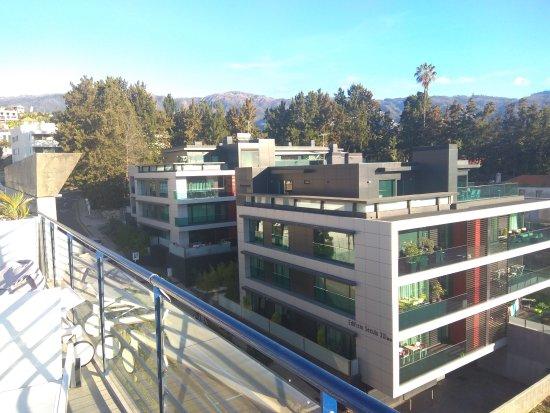 Terrace Mar Suite Hotel: на эти аппартаменты смотрят номера отеля