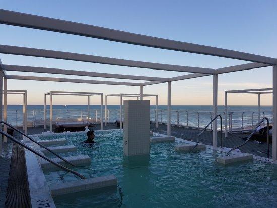 Como Metropolitan Miami Beach Hydro Pool On The Roof