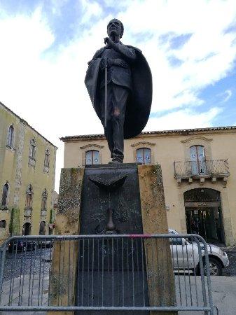 Monumento a Don Luigi Sturzo