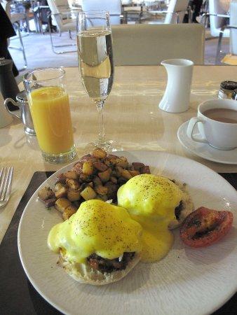 The St Regis Restaurant Decanter Washington Dc Breakfast Eggs