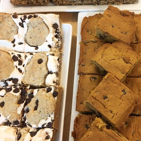 Bexley, Οχάιο: S'more Bars and Pumpkin Chocolate Chip Bars!