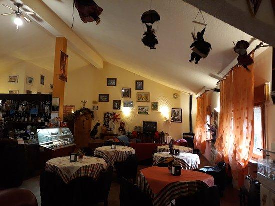 Rifugio Biancaneve: sala bar