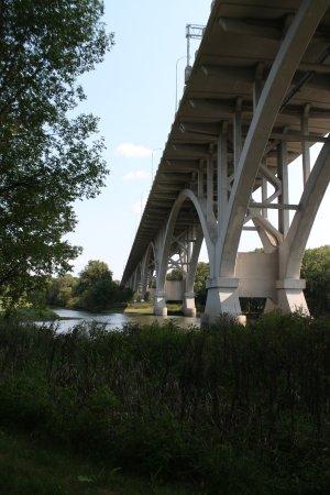 Saint Paul, MN: Trail under one of the bridges