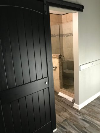 Anniston, AL: Sliding door to bathroom