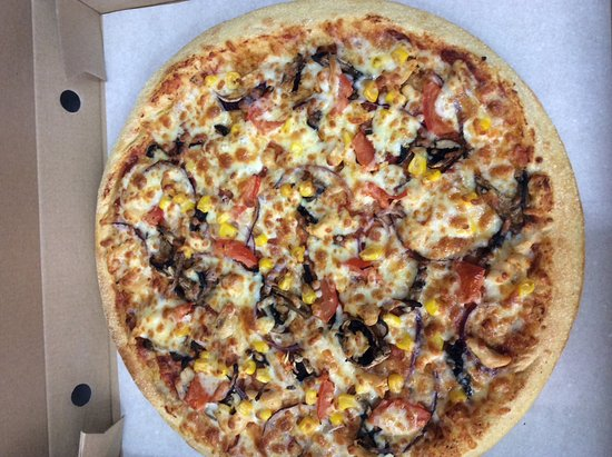 Ferndown, UK: Try our delicious pizzas, we made our base everday freshly.