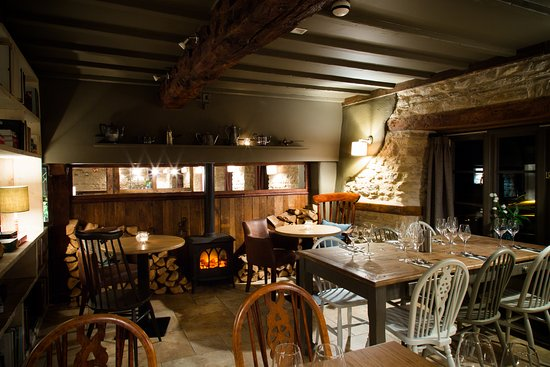 Kirtlington, UK: Semi Private dining for up to 12 guests