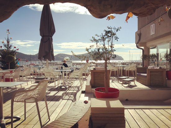 la terrasse du m picture of restaurant le m saint cyr sur mer tripadvisor. Black Bedroom Furniture Sets. Home Design Ideas