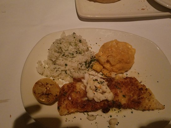 Bonefish Grill: Crab Encrusted Cod (oh look there is sauce)