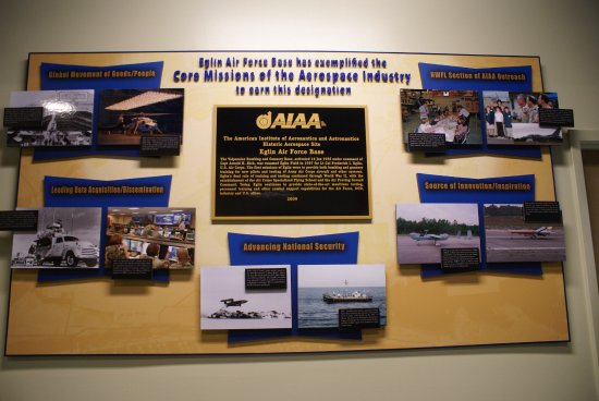 Air Force Armament Museum: Inside entrance