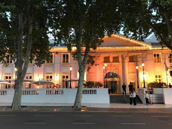 Park Hyatt Mendoza: Fachada do hotel