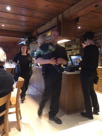 Sursee, Швейцария: Die 7. und 8. Generation der erfolgreichen Familie
