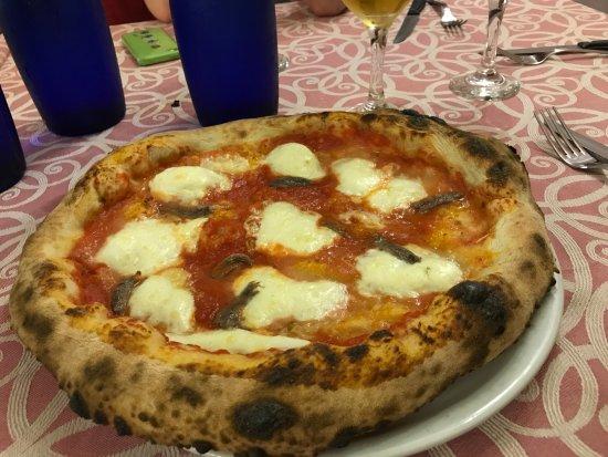 Tavagnasco, Ιταλία: Pizza Bufala e acciughe