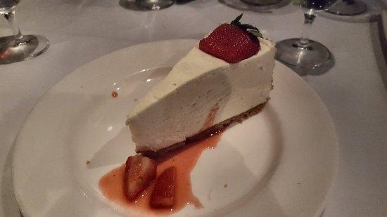 Del Frisco's Double Eagle Steak House: Cheesecake