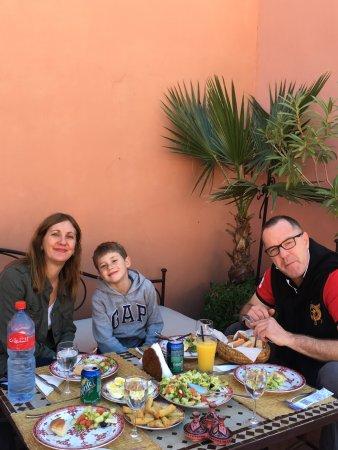 Riad Alili: lunch on the 2nd floor terrace