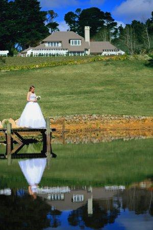 Blackheath, Australien: Wedding by the lake