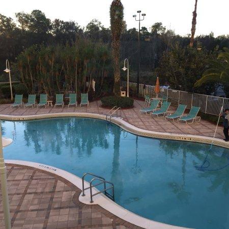 Comfort Inn Maingate: Beautiful pool area