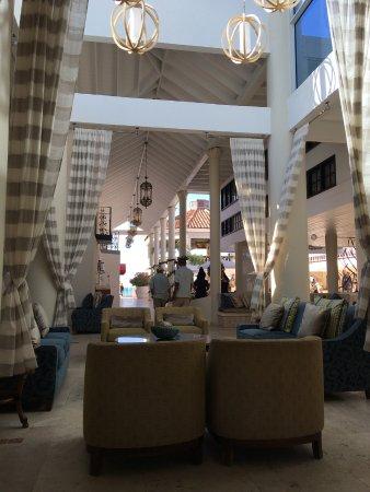 Sandals Grande Antigua Resort & Spa: Caribbean lobby