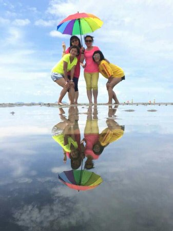 Pulau Sembilan: Pictures taken by Nine Island Agency staff (props from them)