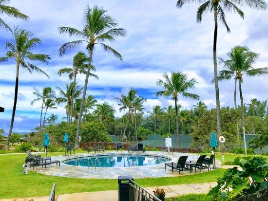 Lobby And Hotel Restaurant Picture Of Hilton Garden Inn Kauai Wailua Bay Kapaa Tripadvisor