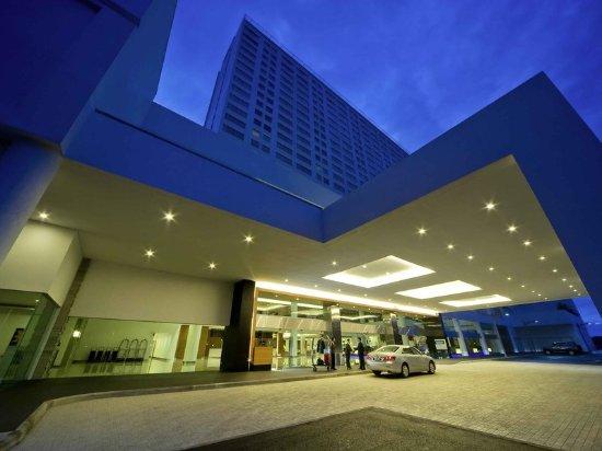 Pullman Kuching: Exterior