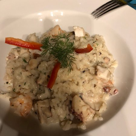 Salchi, Mexico: Seafood risotto and grilled flank steak